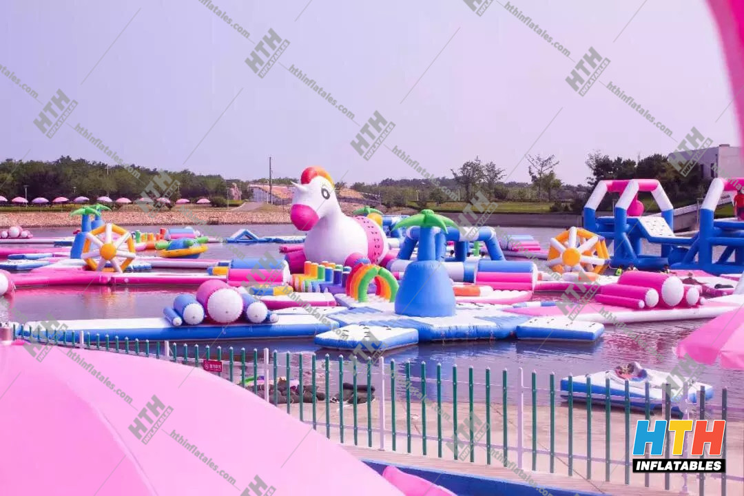 2019 new design Unicorn Aqua park--water sport obstacle